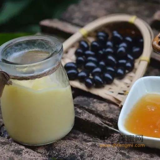 蜂蜜和蜂王浆的区别,不清楚的都看看…
