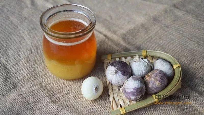 蜂蜜巧搭配,养颜治病赛百药,医生也经常喝!
