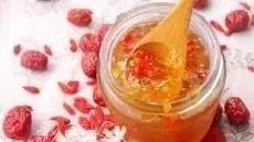 """蜂蜜加一物,堪比""""神仙药""""!换种喝法,让蜂蜜发挥500%的功效!"""