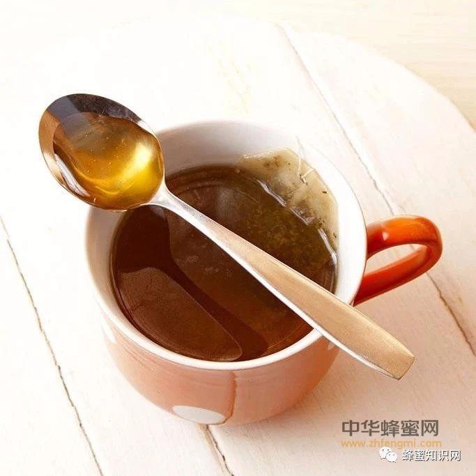【蜂蜜减肥】_蜂蜜的药用配方,秋季蜂蜜食疗指南