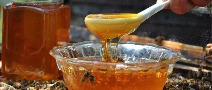 这蜜吃起来这么甜,会是纯蜂蜜吗?