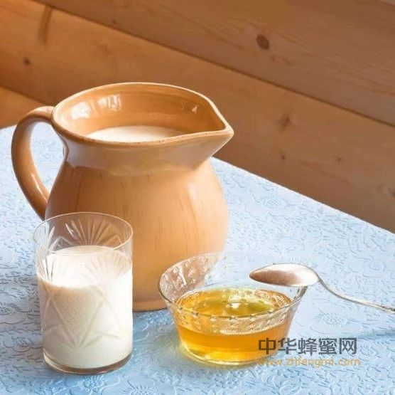 """【喝蜂蜜水有什么好处】_蜂蜜的6个食疗""""蜜""""方,秒杀这些病!"""