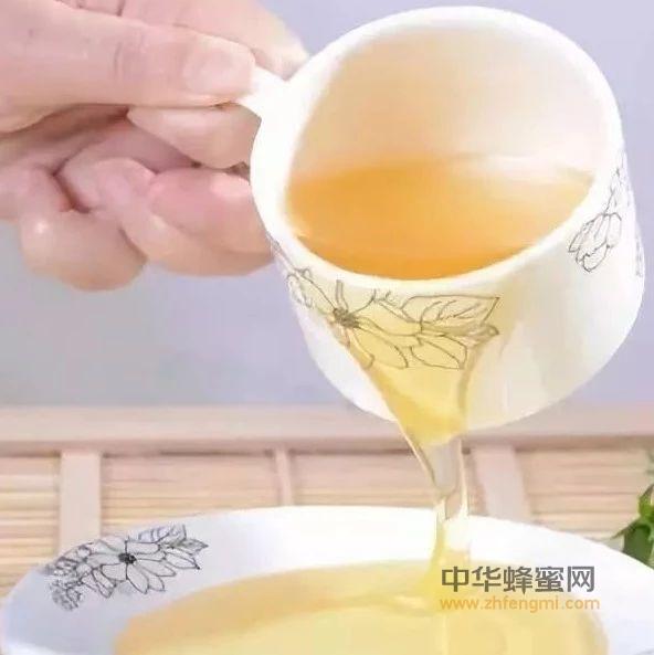 【牛奶   蜂蜜】_蜂蜜水早上喝好,还是晚上喝好?