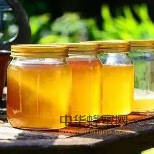 【合欢蜂蜜】_蜂蜜颜色越深越好吗?
