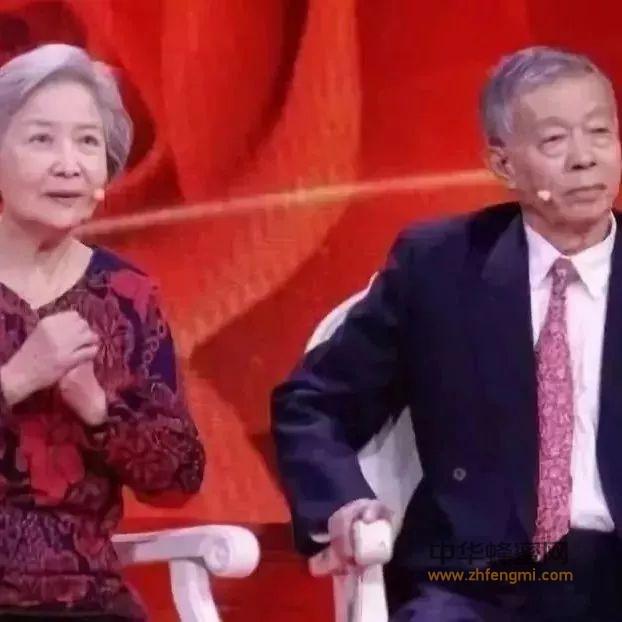 名医夫妇:年轻时三次胃部大出血,养生全靠一碗粥!如今70岁耳不聋眼不花