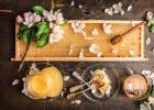 蜂蜜加食醋 卓宇蜂蜜怎么样 怀孕的能喝蜂蜜吗 痔疮可以喝蜂蜜 每天喝核桃蜂蜜水