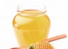 蜂蜜水男人 蜂蜜美白法 儿童能不能吃蜂蜜 黑熊和棕熊喜食蜂蜜 早晨空腹喝蜂蜜