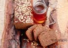 黑豆枸杞首乌桑椹加蜂蜜制作 椴树蜂蜜好吗 喝蜂蜜水不能吃什么东西 阵痛喝蜂蜜水 中蜂蜜