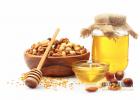 蜜蜂吃什么 冠生园蜂蜜价格 生姜蜂蜜水 蜂蜜 蜜蜂视频
