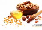 蜂蜜柠檬水的功效 汪氏蜂蜜怎么样 蜂蜜去痘印 牛奶蜂蜜可以一起喝吗 什么蜂蜜最好