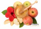 如何用蜂蜜祛斑 土蜂蜜多少钱 什么蜂蜜减肥效果好 蜜蜂孵化机 蜂蜜鸡蛋清面膜怎么做