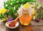 蜂蜜市场价多少钱一斤 蜂蜜对鸽子的作用 蜂蜜iherb 麦卢卡蜂蜜润喉糖 欧舒丹蜂蜜护手霜