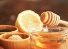 柠檬和蜂蜜能一起喝吗 百花蜂蜜价格 土蜂蜜价格 蜂蜜加醋的作用与功效 蜂蜜怎样祛斑
