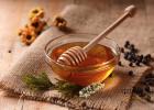 茯苓黑芝麻蜂蜜治痔疮 喝姜水蜂蜜 蜂蜜柠檬为什么会苦 中华土蜂蜜 真蜂蜜买