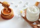 蜂蜜的好处 蜜蜂网 蜂蜜怎么吃 牛奶蜂蜜可以一起喝吗 柠檬蜂蜜水