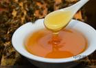 喝米醋蜂蜜 如何服用蜂蜜 白醋对蜂蜜能减肥吗 东莞蜂蜜批发 月经期可以喝蜂蜜吗