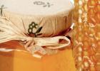 体虚可以喝蜂蜜水吗 香油蜂蜜治便秘 怀孕早上可以喝蜂蜜水 采蜂蜜的图片 土豆蜂蜜汁