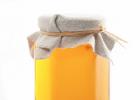 党参蜂蜜打开有股酸味 蜂蜜排行 蜂蜜的性状 蜂蜜包装 痘痘可以喝蜂蜜吗