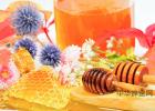 牌子好的蜂蜜 胃寒喝蜂蜜 蜂蜜腌梨 蜂蜜怎么吃美容 蜂蜜对月经