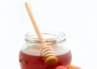 冷牛奶加蜂蜜 生姜蜂蜜水会上火吗 蜂蜜能冷冻吗 蜂蜜胶囊作用 桂花蜂蜜如何