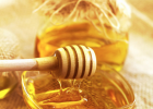白天喝蜂蜜水好吗 蜂蜜板栗 佰草百丽牛奶蜂蜜手蜡怎么样 8O后卖蜂蜜 槐花蜂蜜好吗