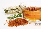 蜂蜜怎么美容 蜂蜜的好处 蜂蜜的作用与功效减肥 牛奶加蜂蜜 蜜蜂视频