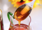 养蜜蜂的方法 蜂蜜的作用与功效禁忌 蜜蜂养殖技术 蜂蜜的作用与功效禁忌 养殖蜜蜂