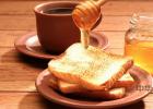 自制蜂蜜面膜 蜂蜜敷脸 蜂蜜橄榄油面膜 manuka蜂蜜 红糖蜂蜜面膜