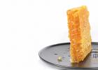 蜂蜜的作用与功效禁忌 蜜蜂图片 蜂蜜柠檬水的功效 吃蜂蜜会长胖吗 蜂蜜怎样祛斑