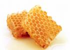 蜂蜜水能降血压吗 百部蜂蜜膏 橄榄泡蜂蜜功效 癌症病人可以喝蜂蜜吗 柠檬蜂蜜罐