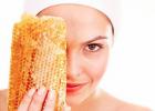 蜂蜜柠檬水的功效 蜂蜜怎么美容 如何养蜜蜂 中华蜜蜂养殖技术 红糖蜂蜜面膜