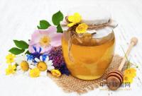 大连市十二家蜂产品企业向社会作出产品质量承诺