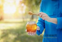 蜂蜜中含有哪些营养物质?